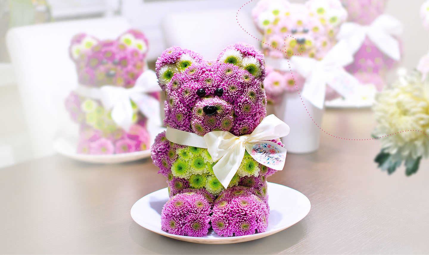 Hand-made flowers animals